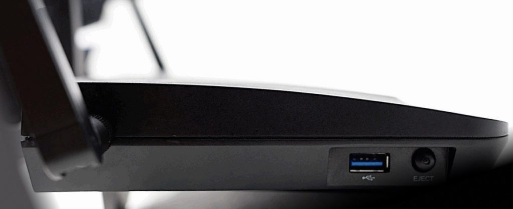 the-synology-rt2600ac-router-featuring-4x4-mu-mimo-dual-core-cpu-usb-3-0-and-4-antenna-5