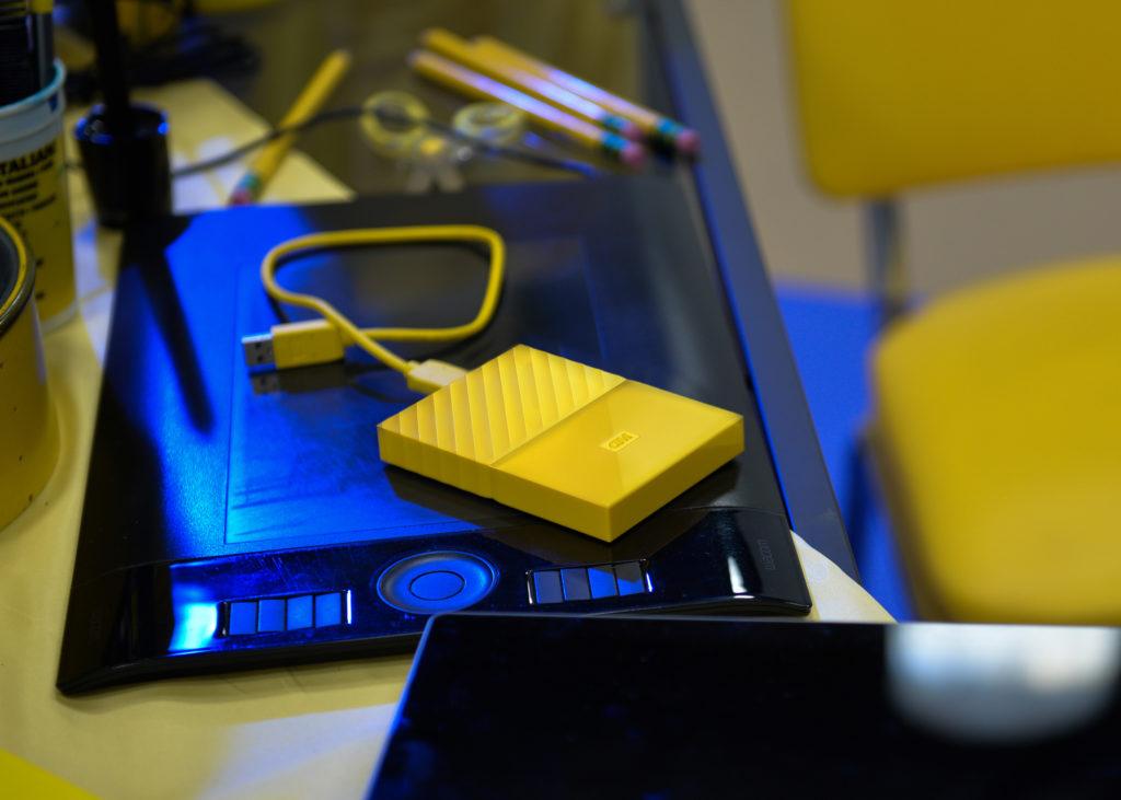 new-wd-my-passport-yellow-orange-gold-6